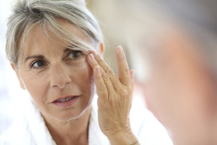 "Natural Skincare Serum Shocks This 59 Year Old Woman. ""I Was Startled With These Anti-Aging Results!"" – Simple Health Tricks"